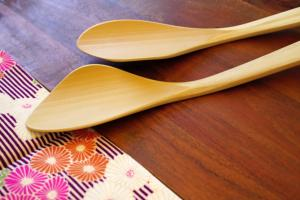 Bamboo spatula (right-handed)